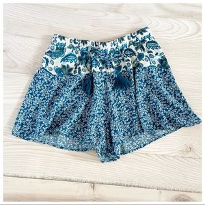 BAND OF GYPSIES GREEN FLORAL SOFT SHORTS